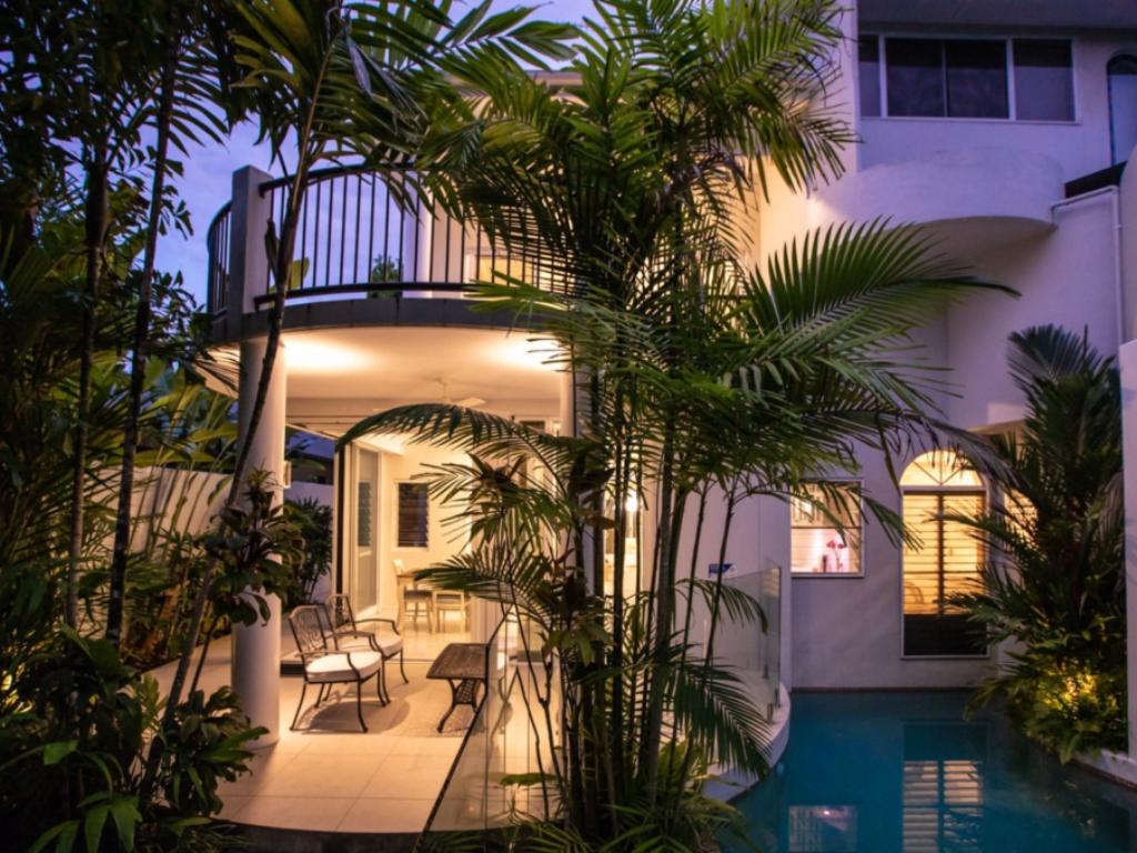 3 Bedroom Villas & Apartments